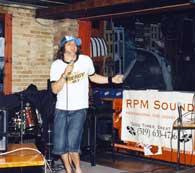 London and St. Thomas, Ontario disc jockey and karaoke service